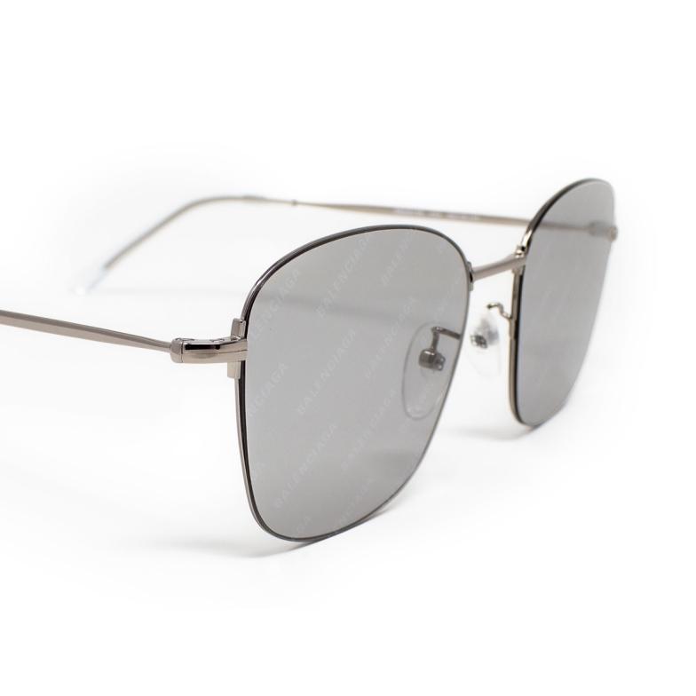 Balenciaga® Square Sunglasses: BB0061SK color Ruthenium 004.