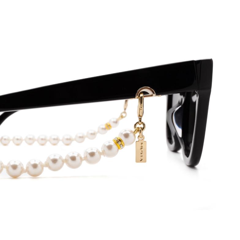 Huma® Accessories: Pearls Chain color White P01.
