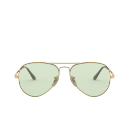Ray-Ban® Sunglasses: Aviator Metal Ii RB3689 color Gold 001/T1.