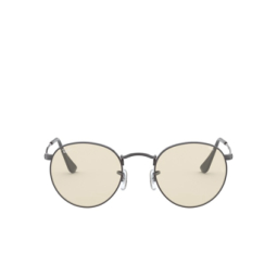 Ray-Ban® Sunglasses: Round Metal RB3447 color Gunmetal 004/T2.
