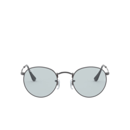 Ray-Ban® Sunglasses: Round Metal RB3447 color Gunmetal 004/T3.
