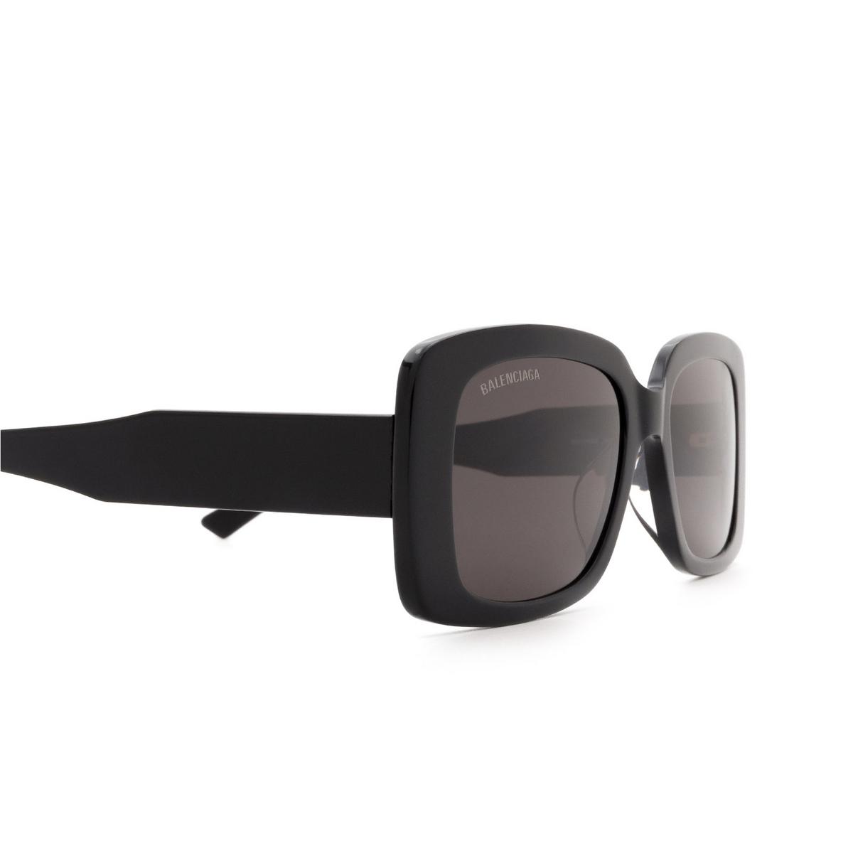 Balenciaga® Rectangle Sunglasses: BB0048S color Black 001 - 3/3.