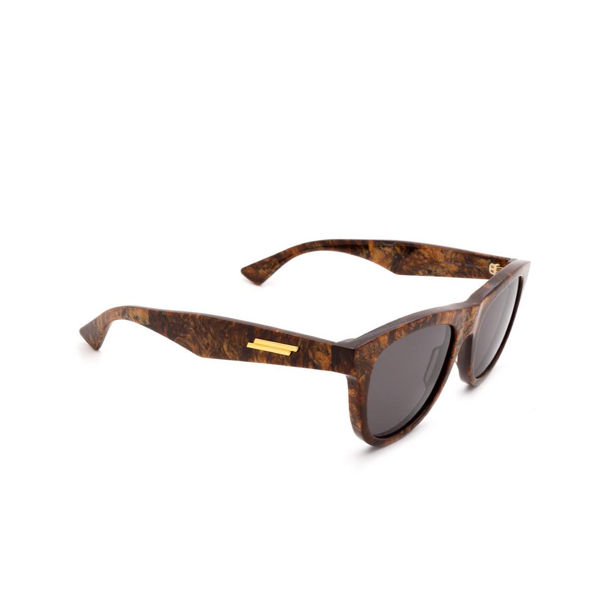 Bottega Veneta® Square Sunglasses: BV1001S color Bronze 006.