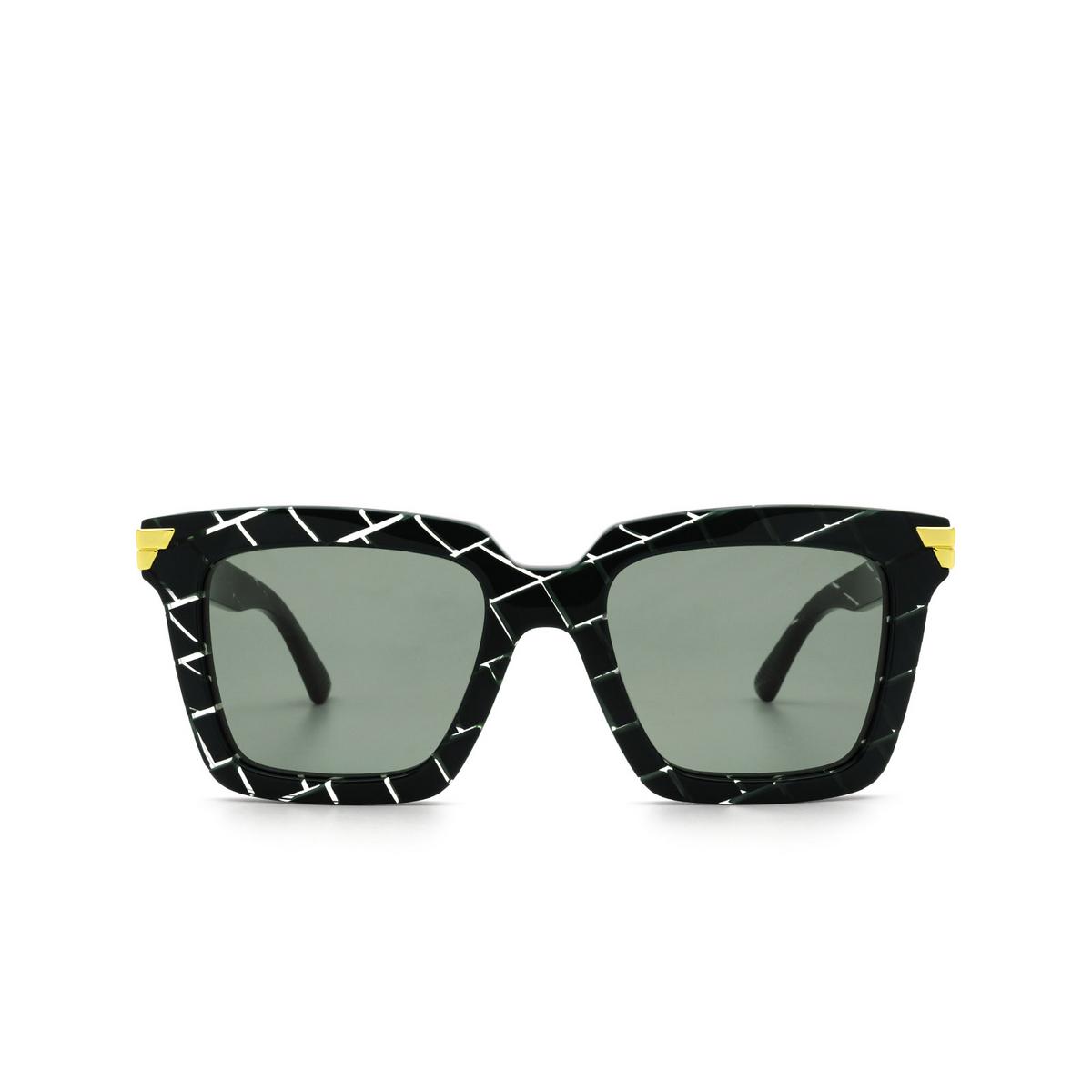 Bottega Veneta® Square Sunglasses: BV1005S color Green 008 - front view.