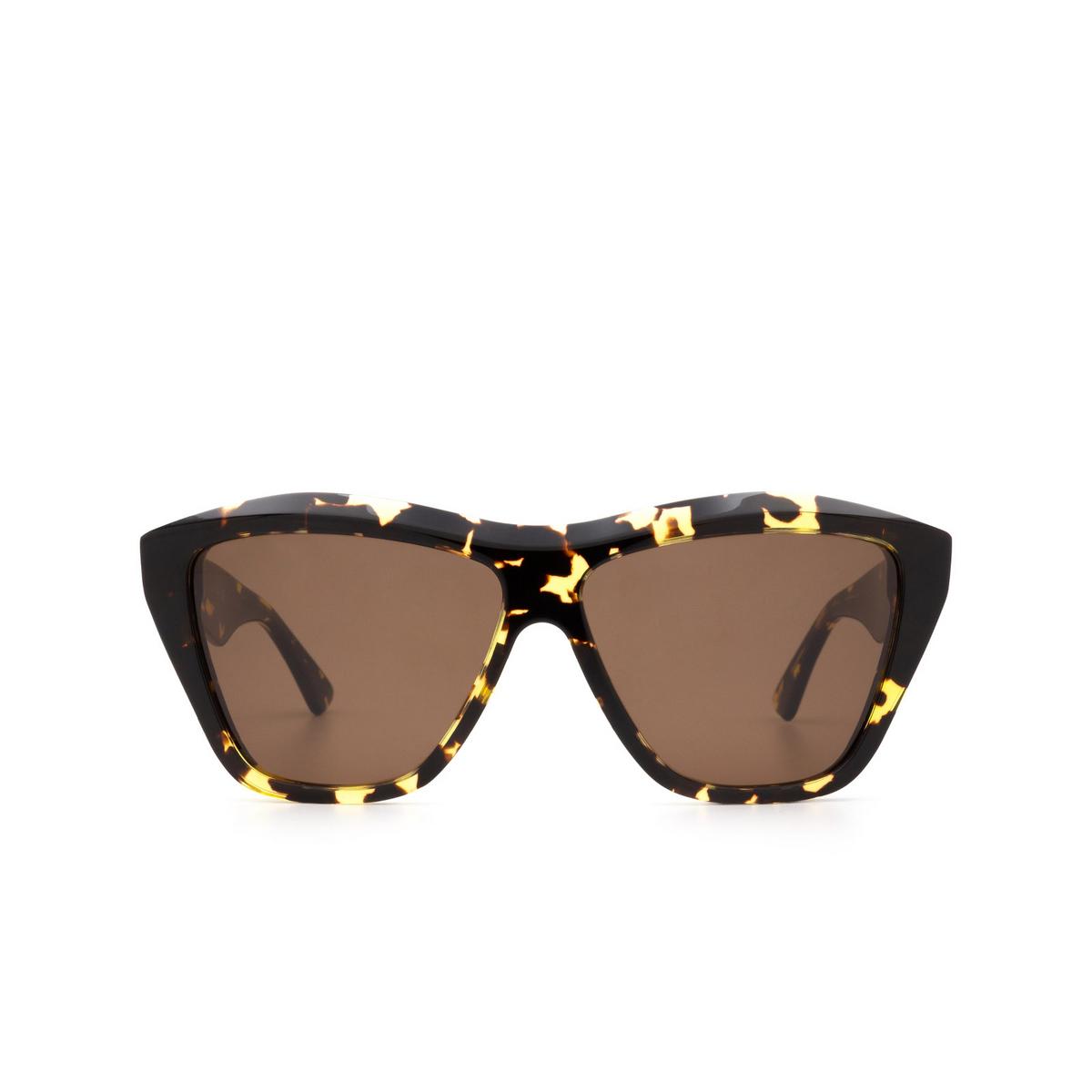 Bottega Veneta® Square Sunglasses: BV1092S color Havana 002 - front view.