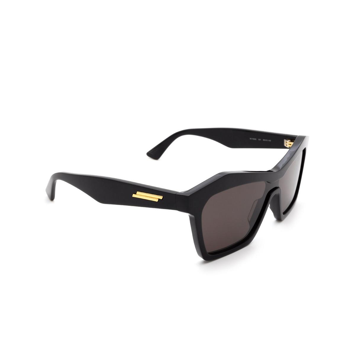 Bottega Veneta® Irregular Sunglasses: BV1093S color Black 001 - three-quarters view.