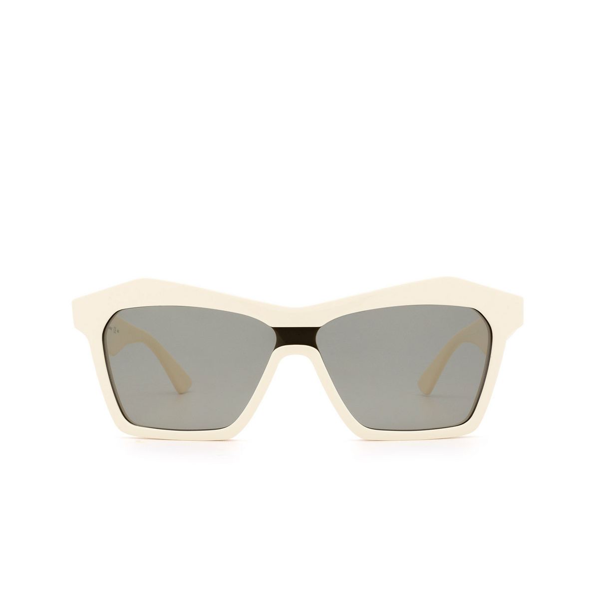 Bottega Veneta® Irregular Sunglasses: BV1093S color Ivory 003 - 1/3.