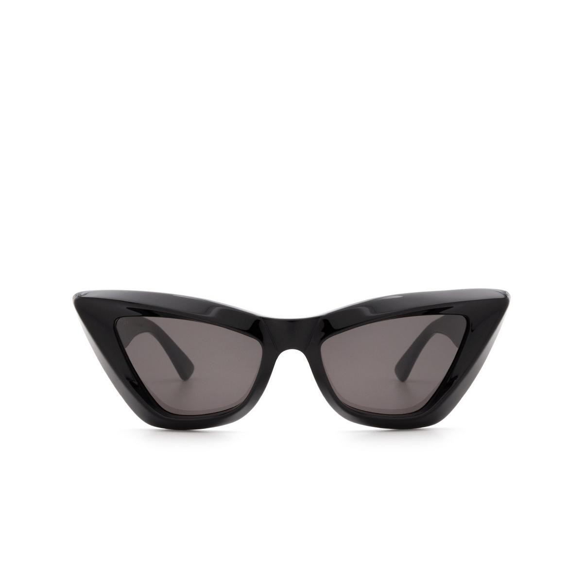 Bottega Veneta® Cat-eye Sunglasses: BV1101S color Black 001 - front view.