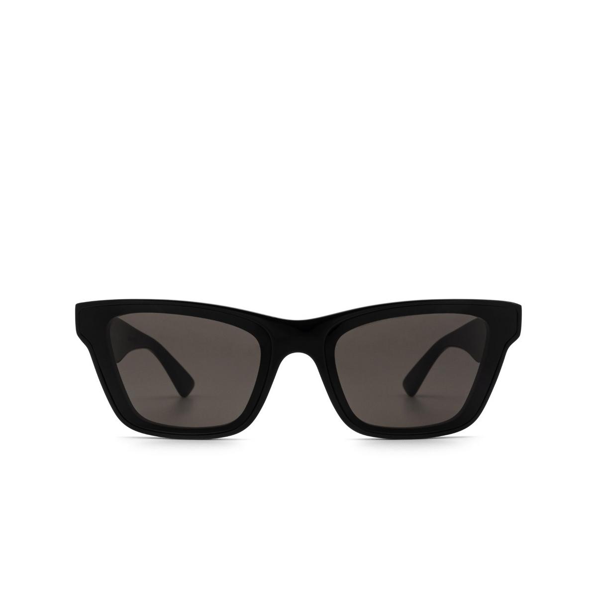 Bottega Veneta® Cat-eye Sunglasses: BV1119S color Black 001 - front view.