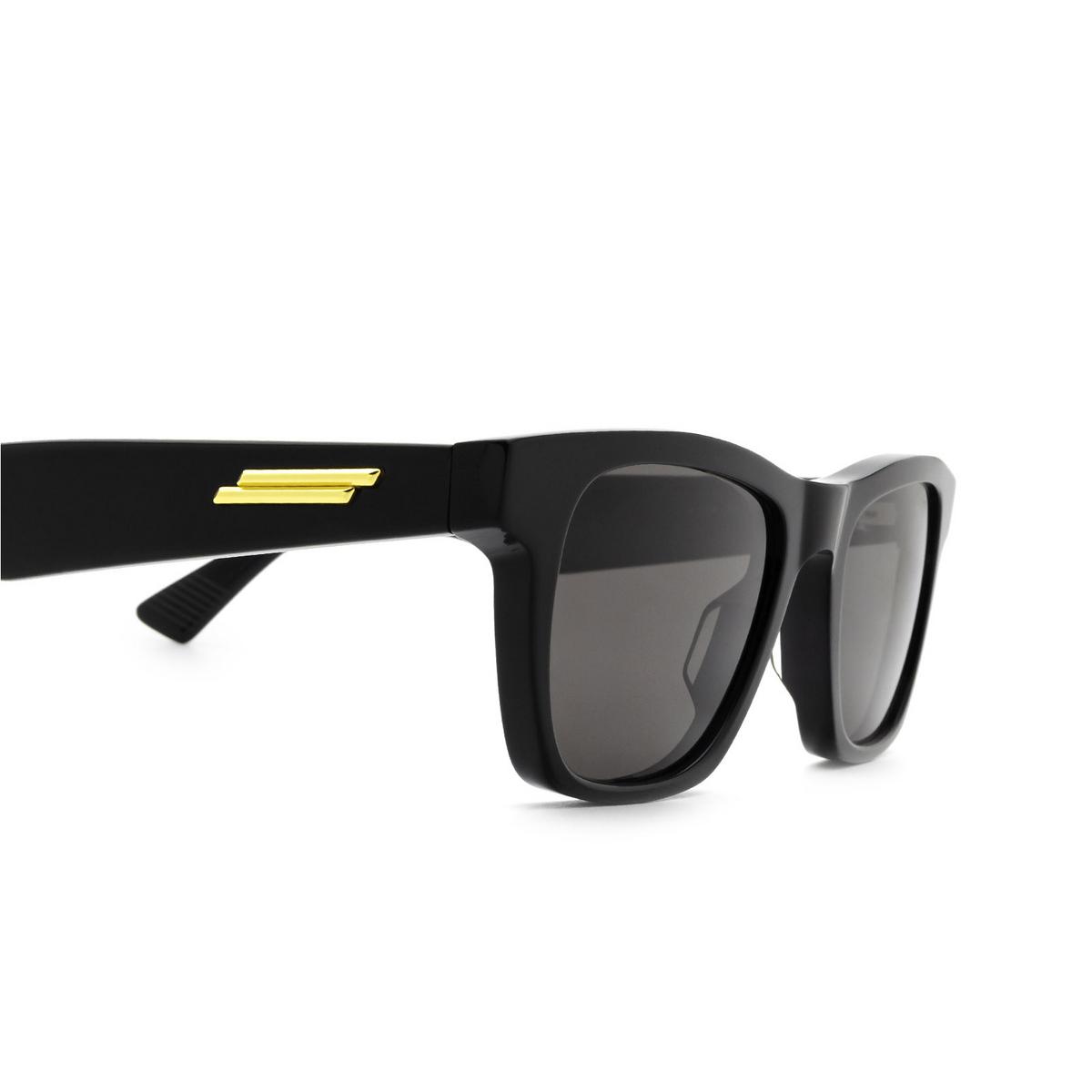 Bottega Veneta® Square Sunglasses: BV1120S color Black 001 - 3/3.