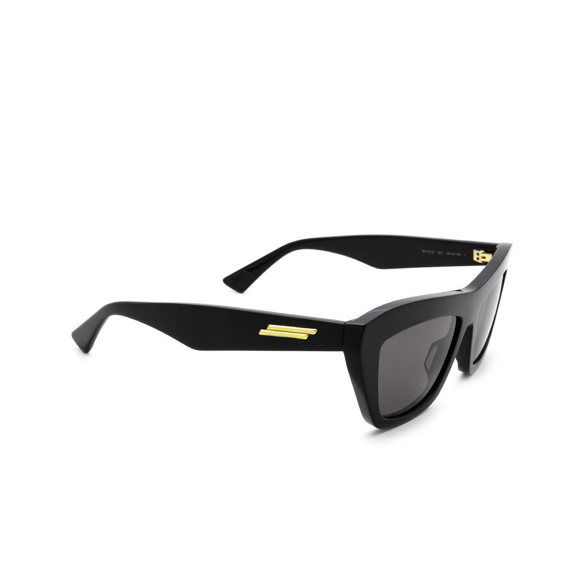 Bottega Veneta® Cat-eye Sunglasses: BV1121S color Black 001 - three-quarters view.