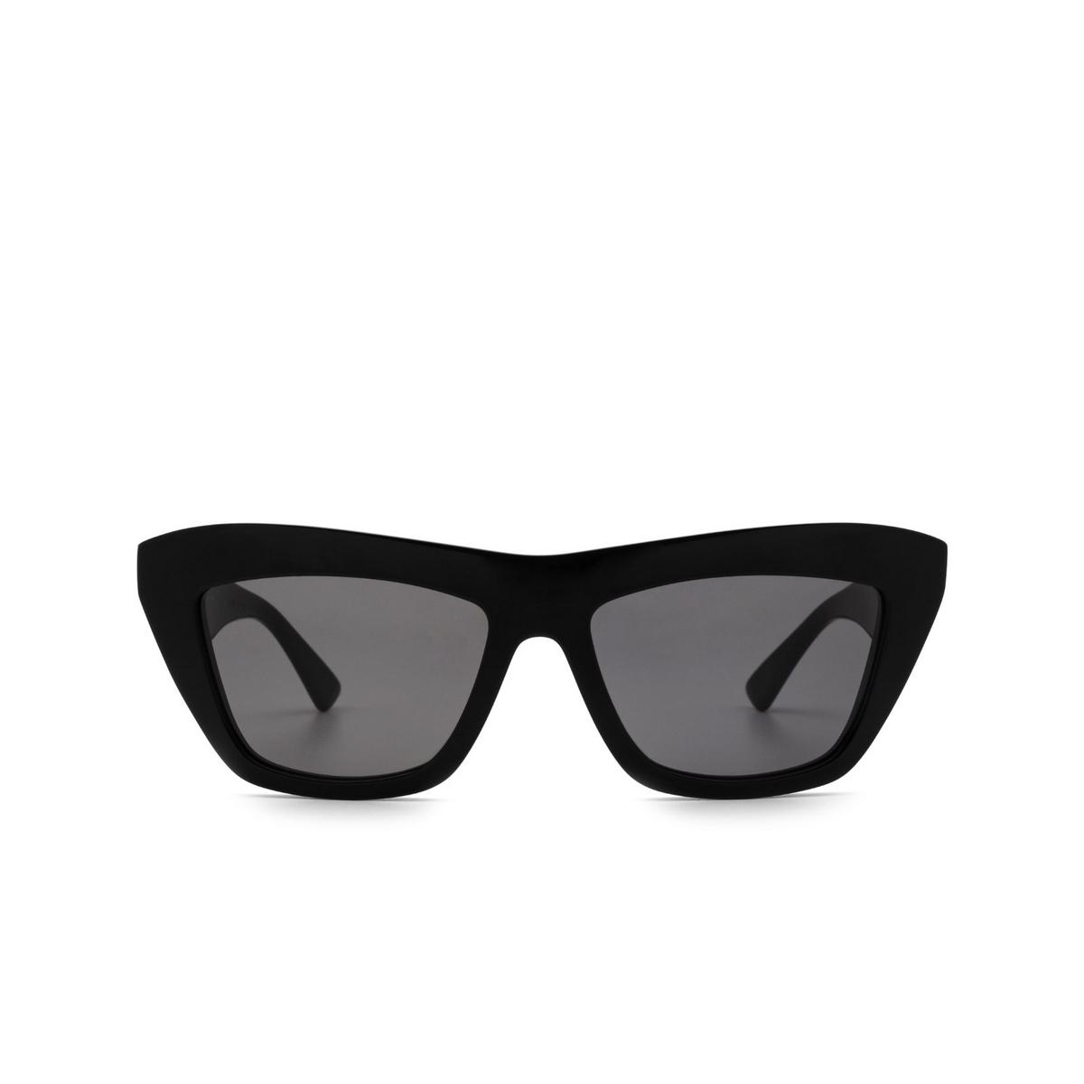 Bottega Veneta® Cat-eye Sunglasses: BV1121S color Black 001 - front view.