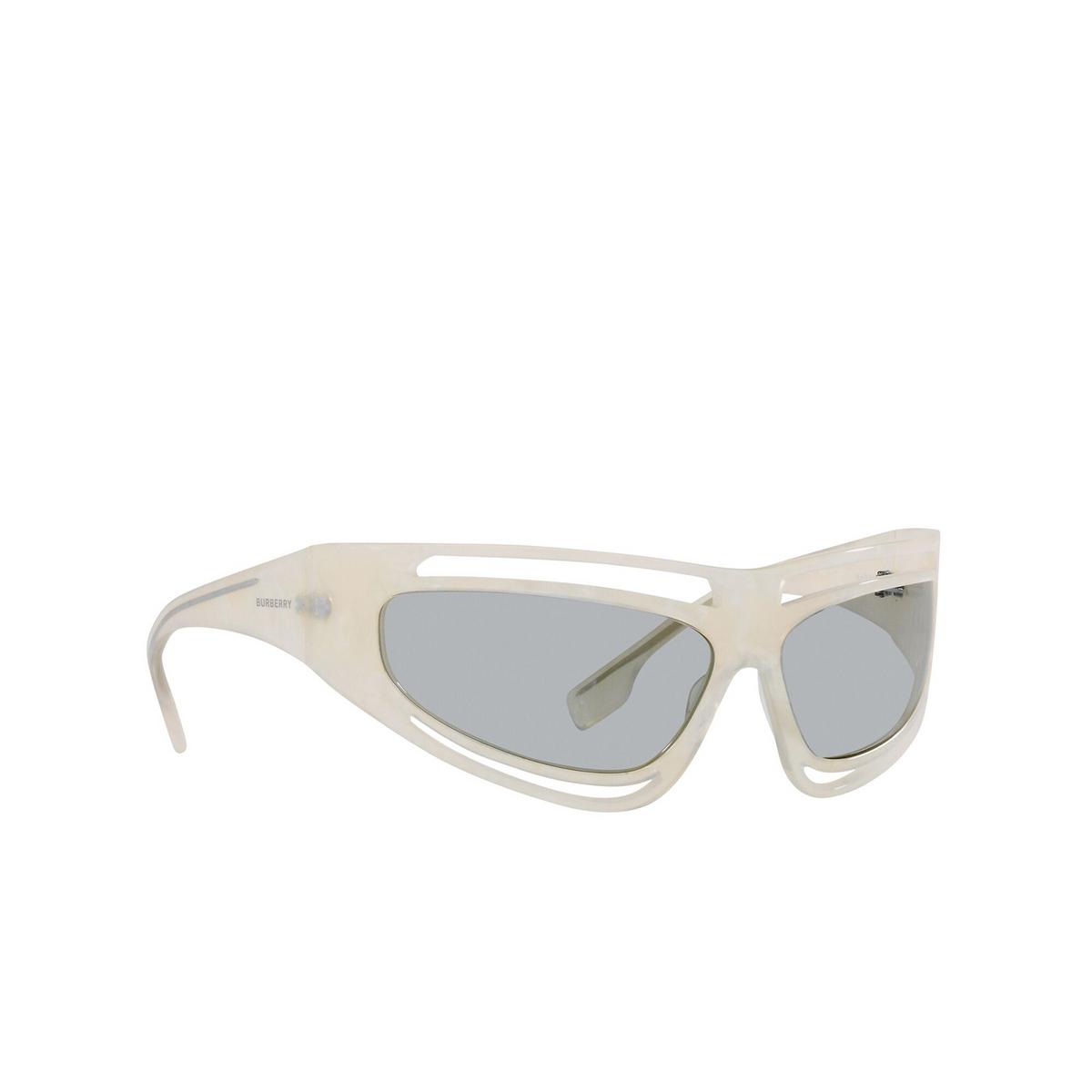 Burberry® Sport Sunglasses: BE4342 color Ivory Madreperla 388687 - three-quarters view.