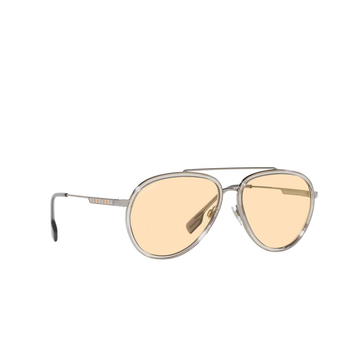 Burberry® Aviator Sunglasses: Oliver BE3125 color Gunmetal 1003/8 - three-quarters view.