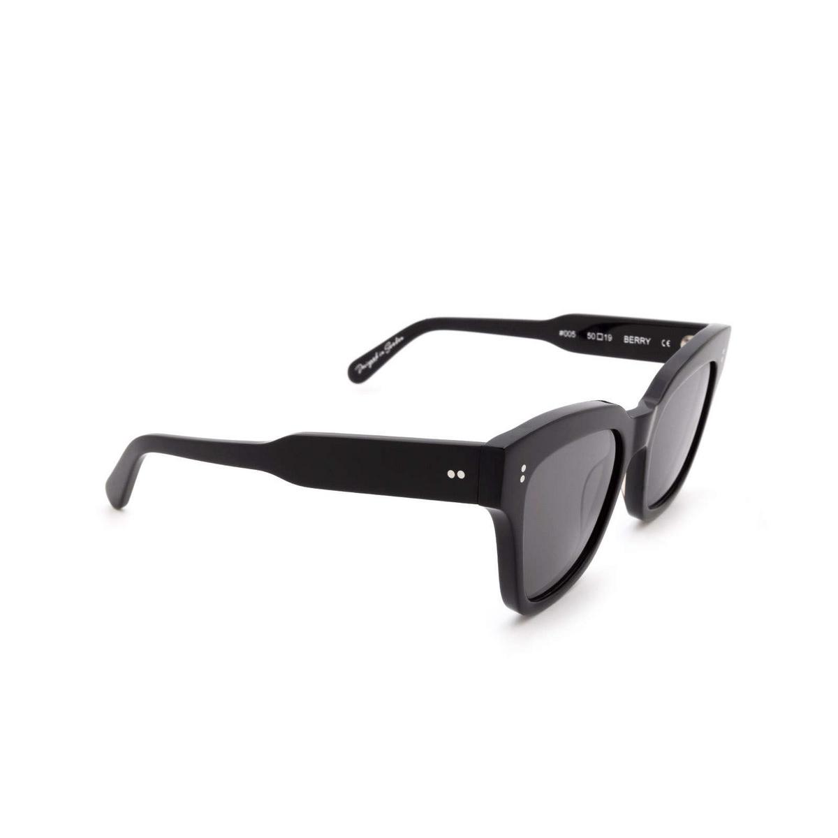 Chimi® Square Sunglasses: #005 color Black Berry.