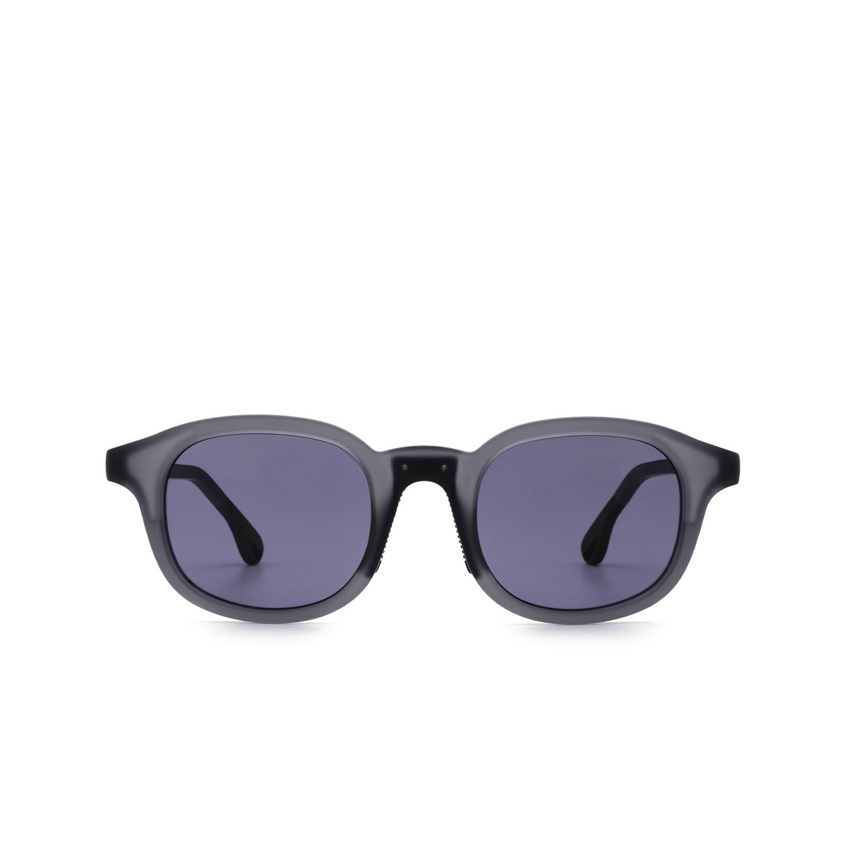 Chimi® Square Sunglasses: 01 ACTIVE color Grey - front view.