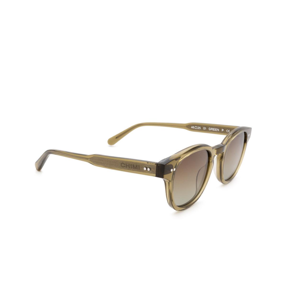 Chimi® Square Sunglasses: 01 color Green - three-quarters view.