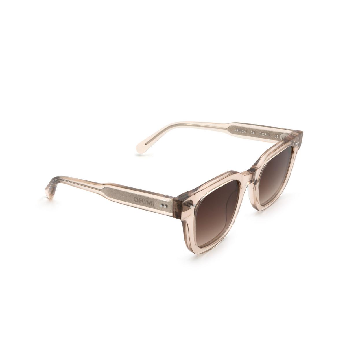 Chimi® Square Sunglasses: 04 color Ecru - three-quarters view.