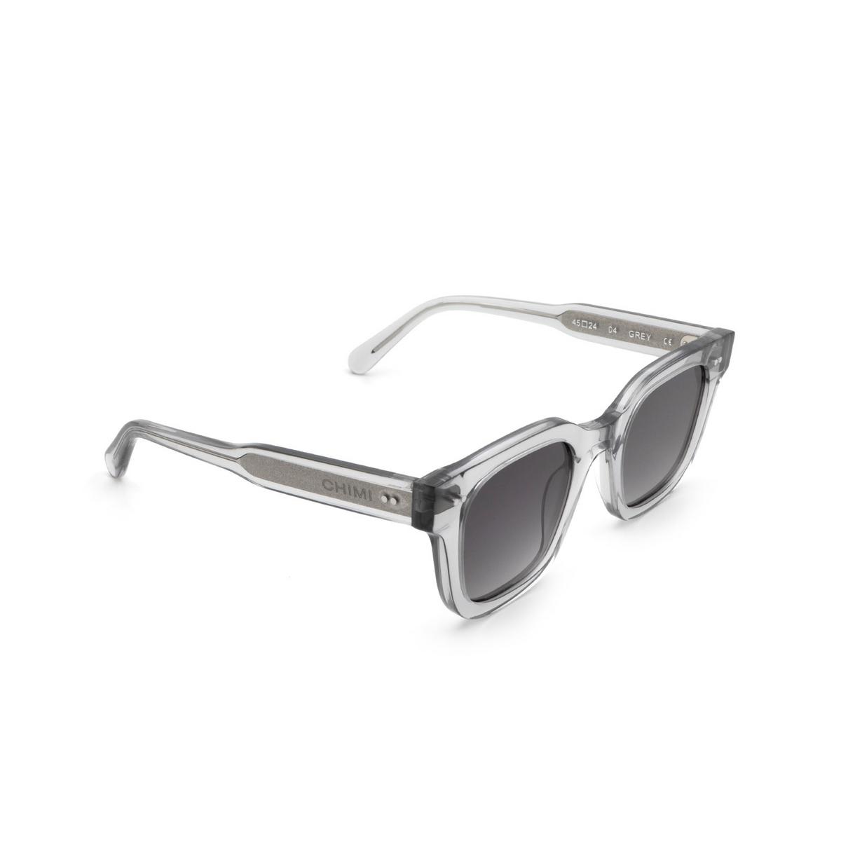 Chimi® Square Sunglasses: 04 color Grey - three-quarters view.