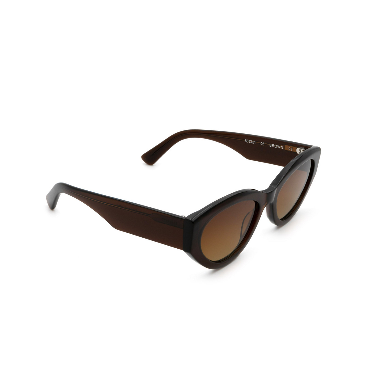 Chimi® Cat-eye Sunglasses: 06 color Brown - three-quarters view.