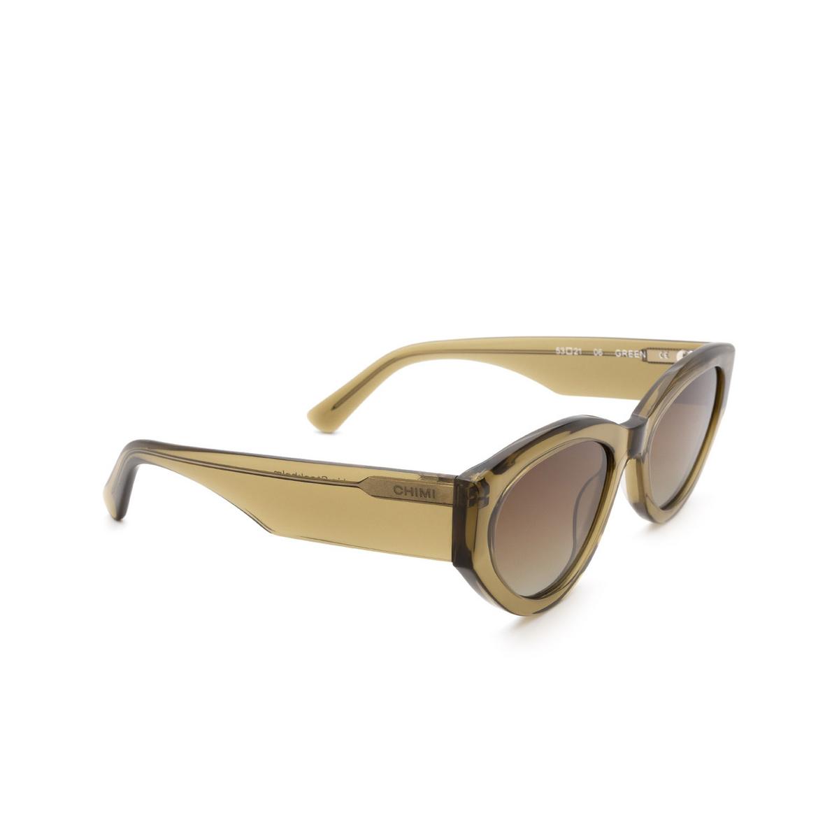 Chimi® Cat-eye Sunglasses: 06 color Green - three-quarters view.