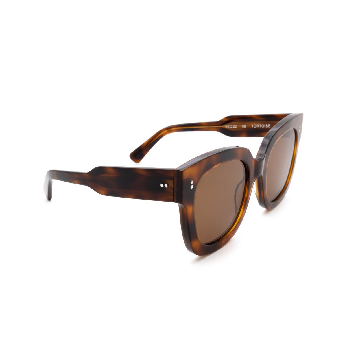 Chimi® Square Sunglasses: 08 color Tortoise - three-quarters view.