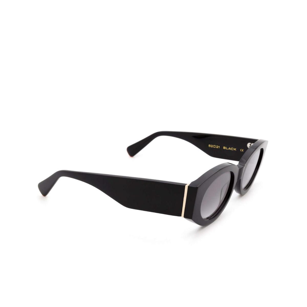 Chimi® Oval Sunglasses: Craftmanship Round color Black - three-quarters view.