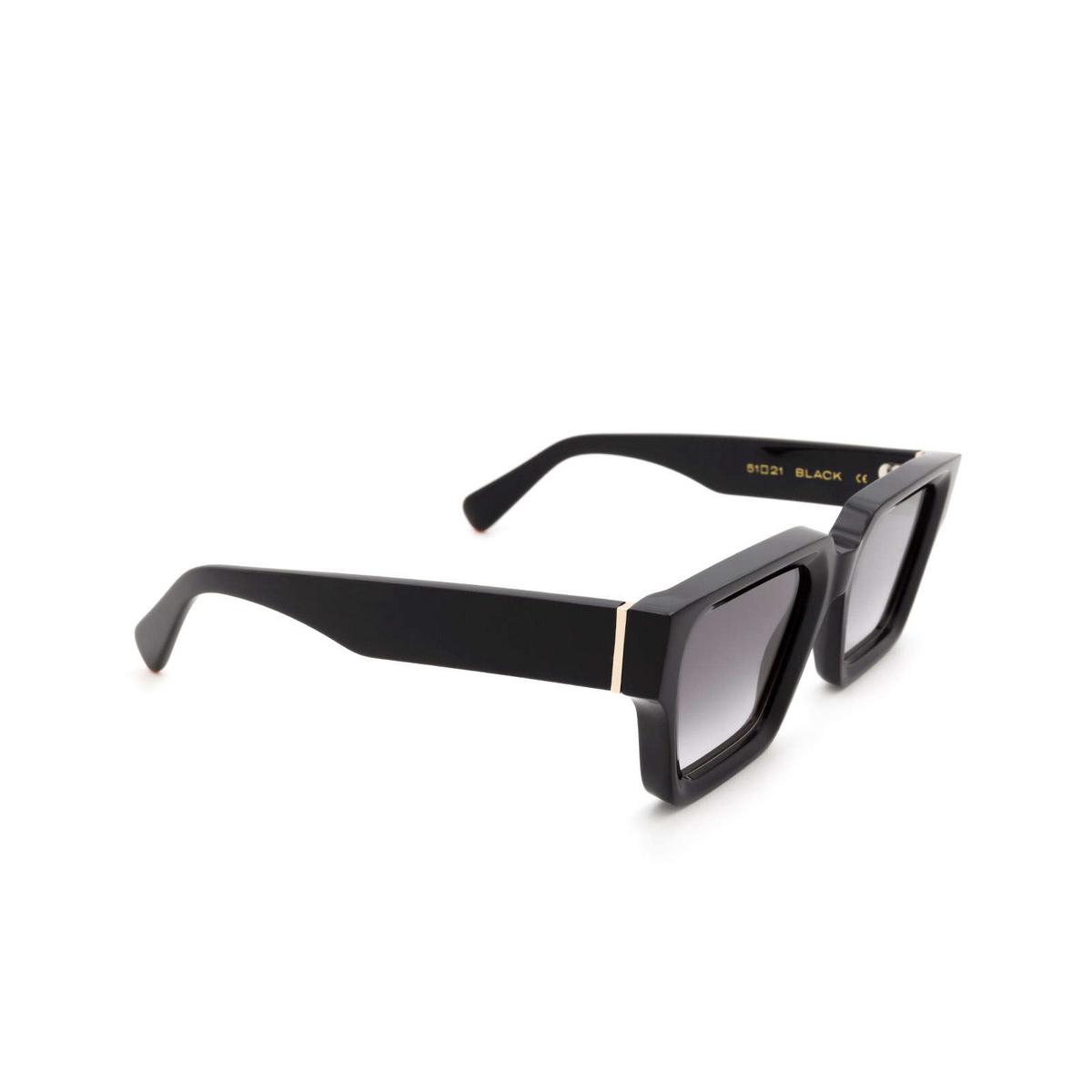 Chimi® Square Sunglasses: Craftmanship Square color Black - three-quarters view.