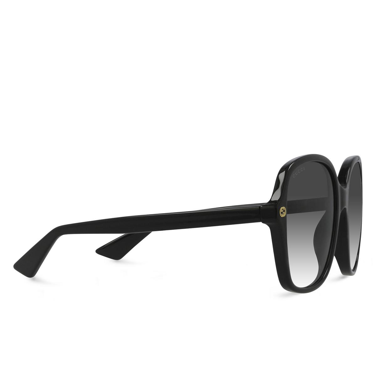 Gucci® Square Sunglasses: GG0092S color Black 001 - three-quarters view.