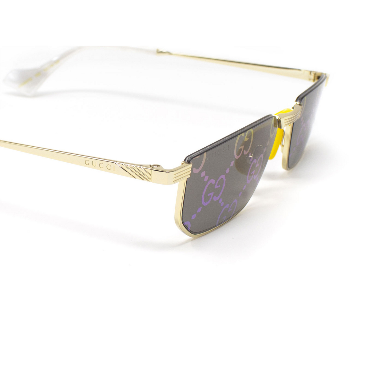 Gucci® Irregular Sunglasses: GG0627S color Gold 002 - 3/3.