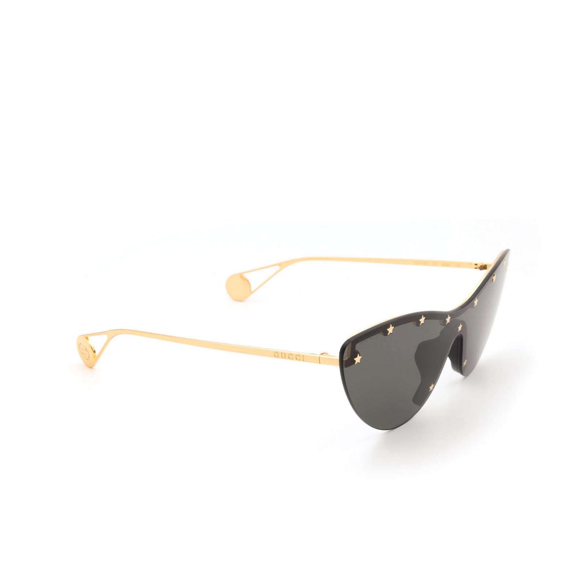 Gucci® Mask Sunglasses: GG0666S color Black 001 - three-quarters view.