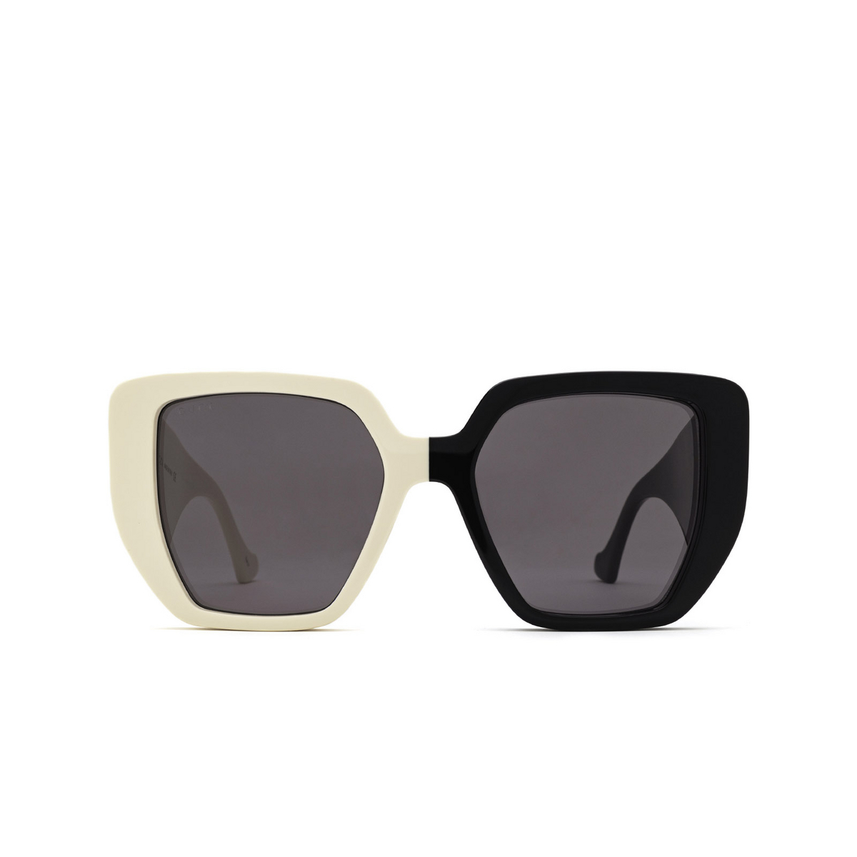 Gucci® Irregular Sunglasses: GG0956S color Black & Ivory 005 - front view.