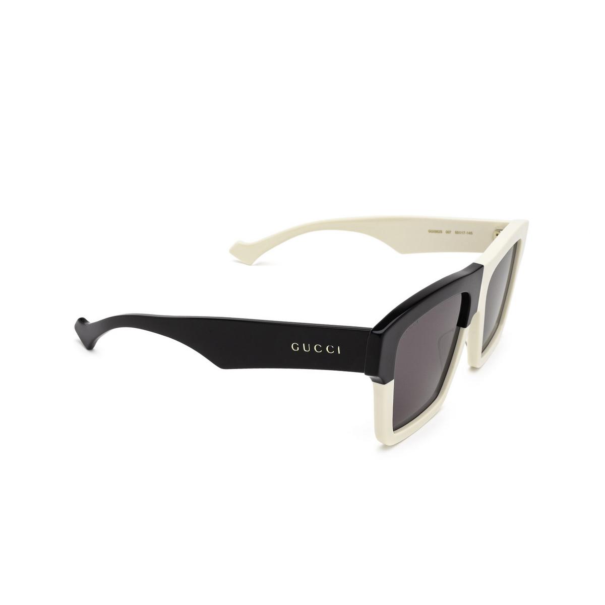Gucci® Rectangle Sunglasses: GG0962S color White 007 - three-quarters view.