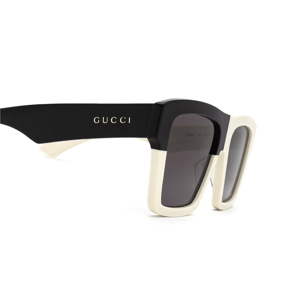 Gucci® Rectangle Sunglasses: GG0962S color White 007 - 3/3.