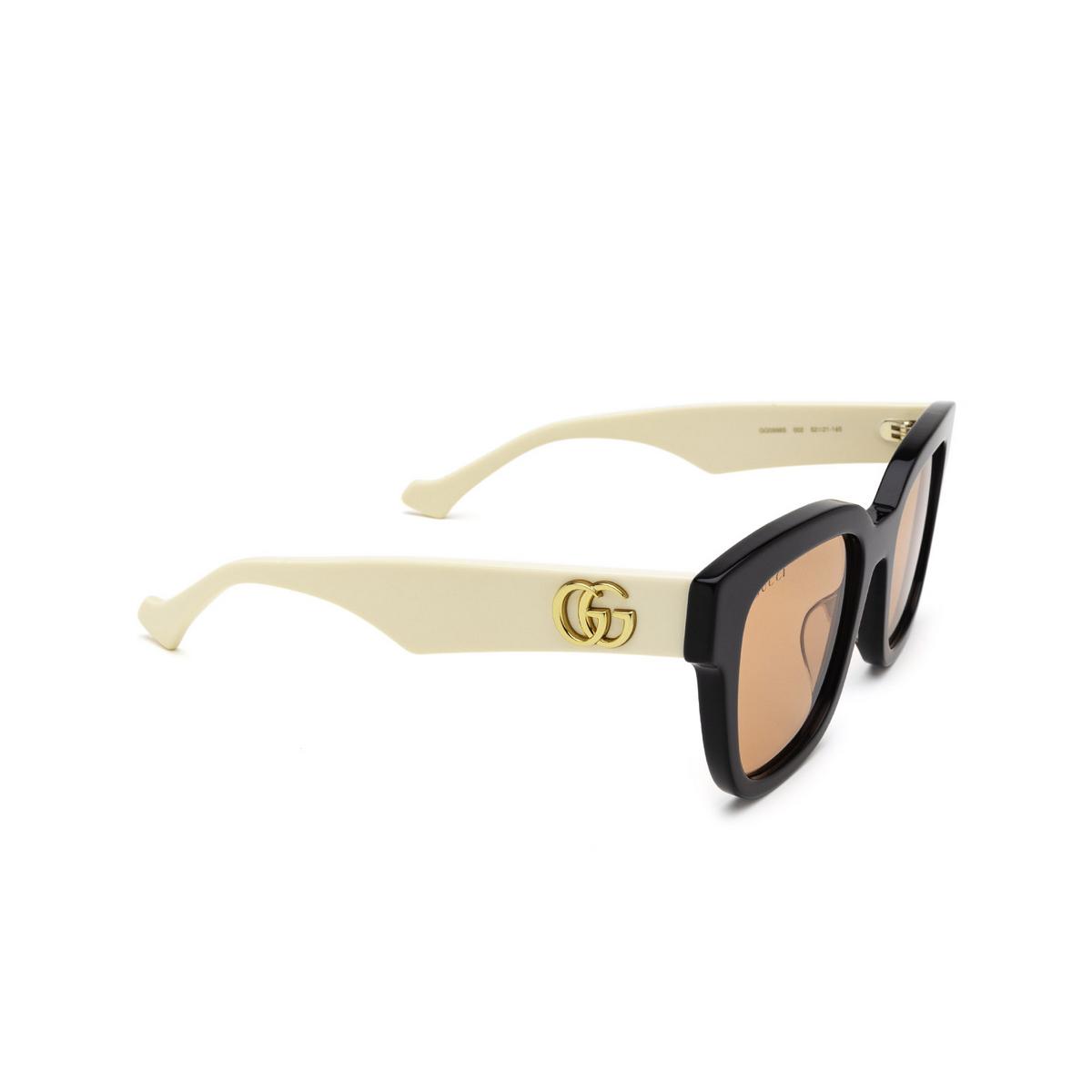 Gucci® Square Sunglasses: GG0998S color Black 002 - three-quarters view.