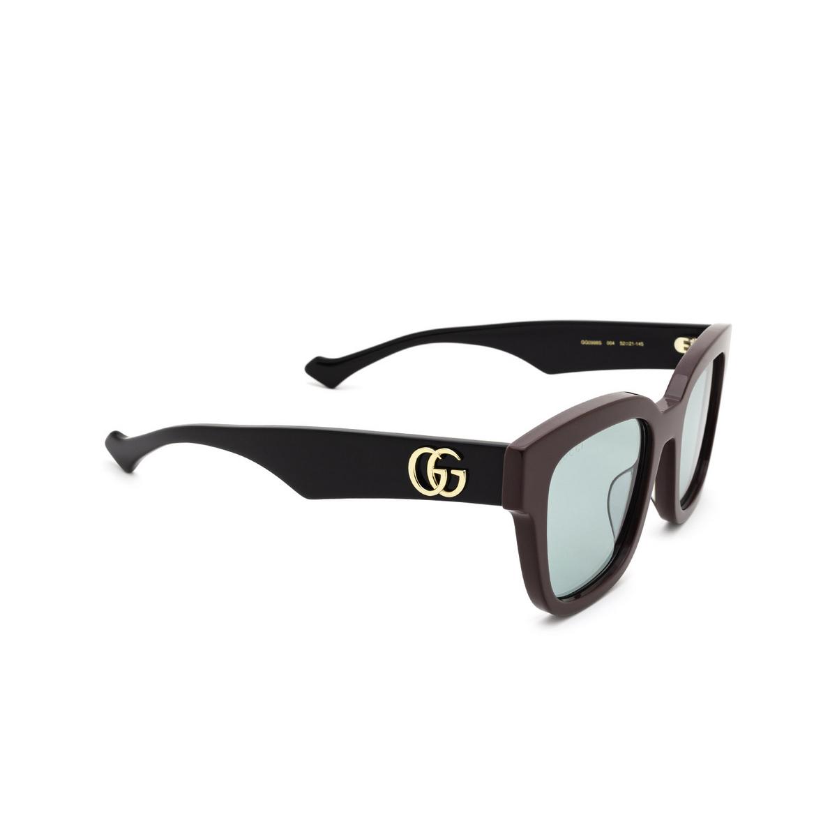 Gucci® Square Sunglasses: GG0998S color Brown 004 - three-quarters view.