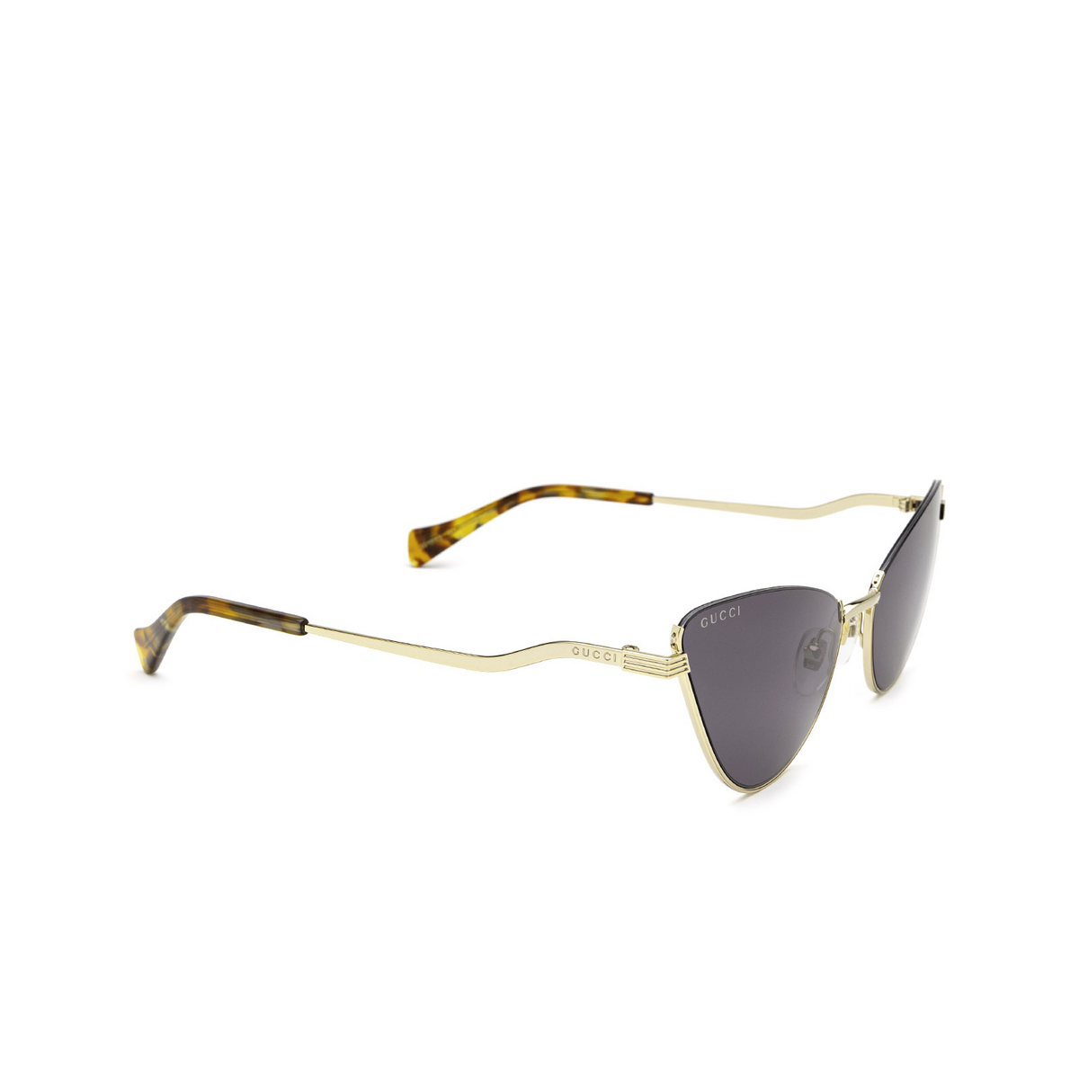 Gucci® Cat-eye Sunglasses: GG1006S color Gold 001 - three-quarters view.