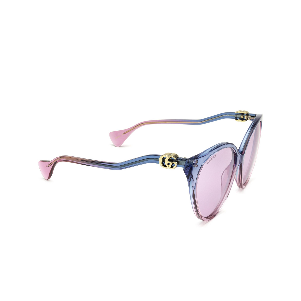 Gucci® Cat-eye Sunglasses: GG1011S color Blue & Pink 003 - three-quarters view.