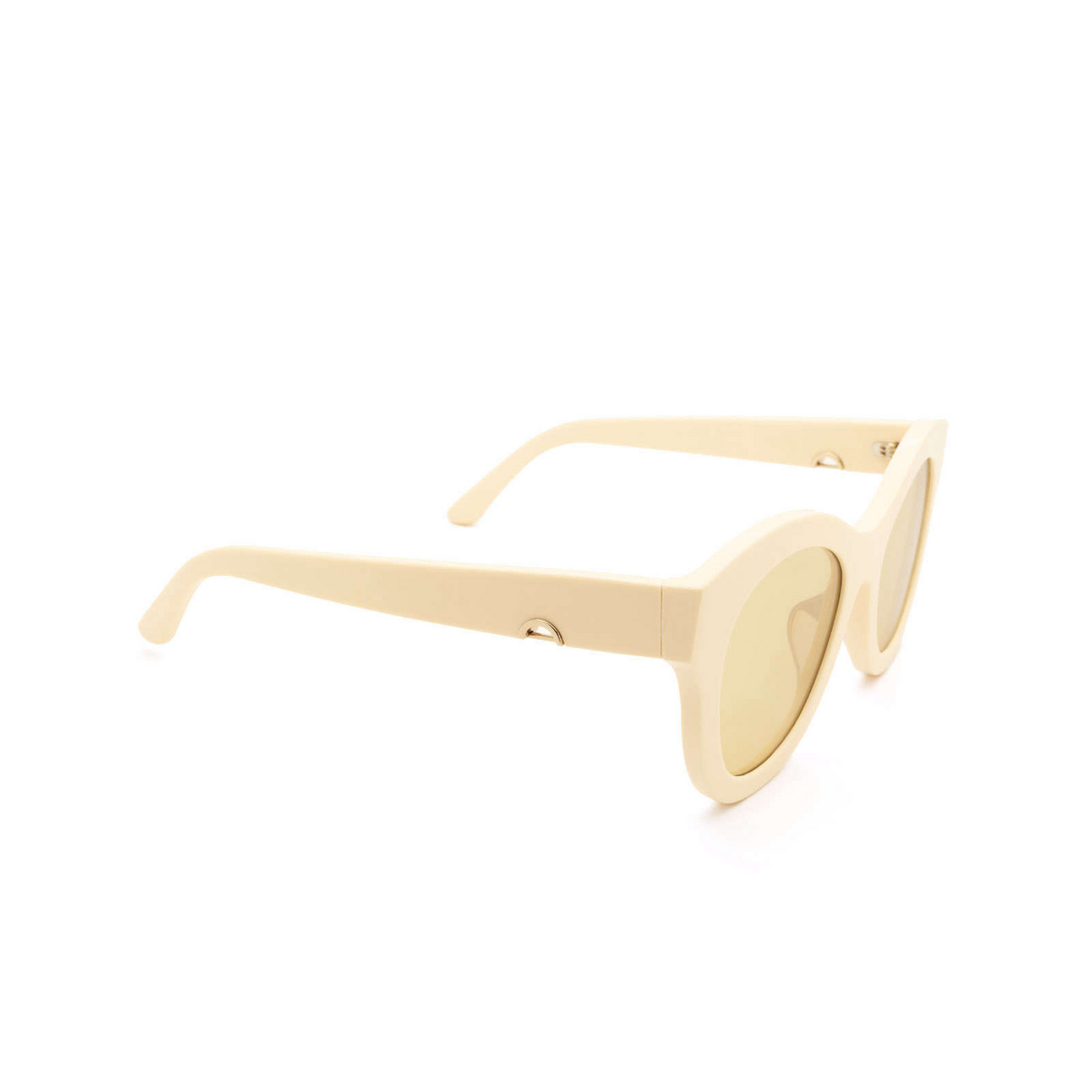 Huma® Butterfly Sunglasses: Cami color Ivory 07 - three-quarters view.