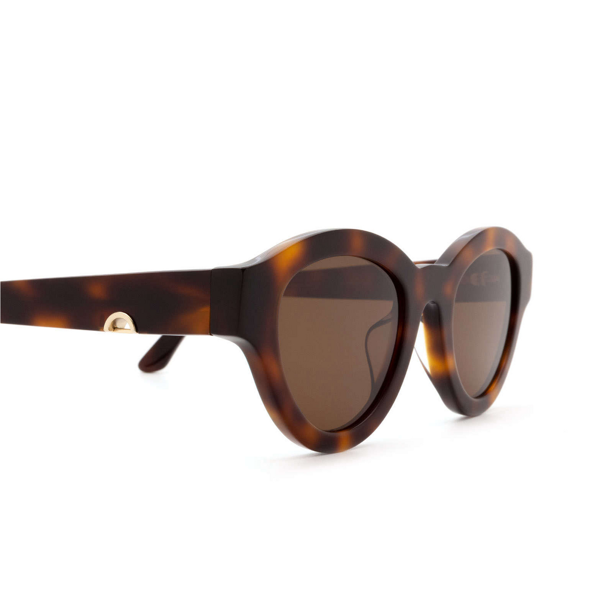 Huma® Cat-eye Sunglasses: Dug color Havana 00 - three-quarters view.