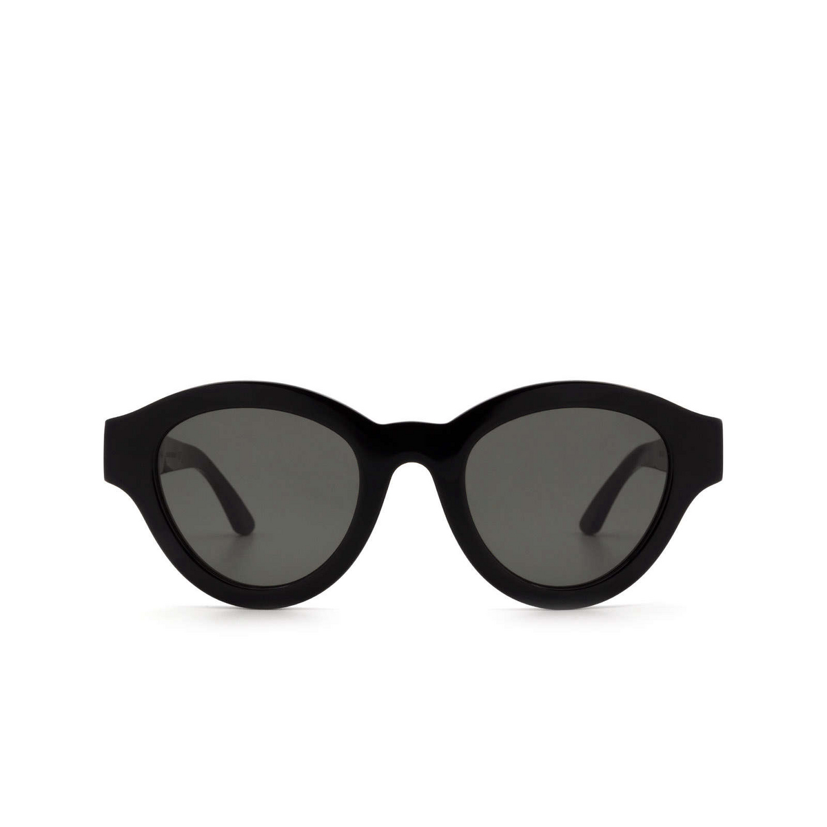 Huma® Cat-eye Sunglasses: Dug color Black 06 - front view.