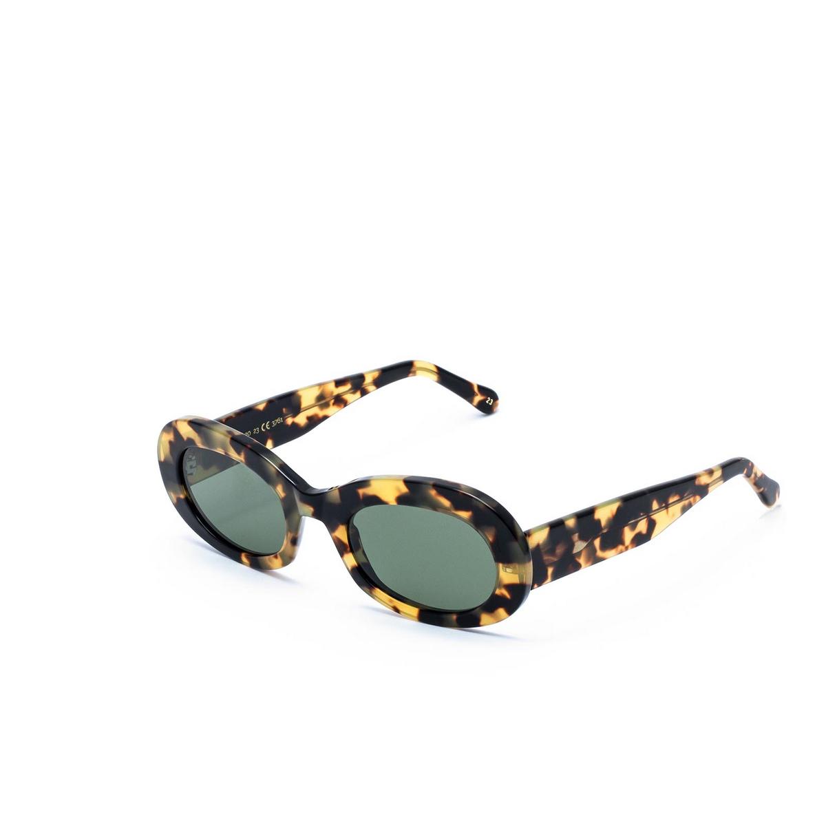 L.G.R® Oval Sunglasses: Dalia color Havana 23.