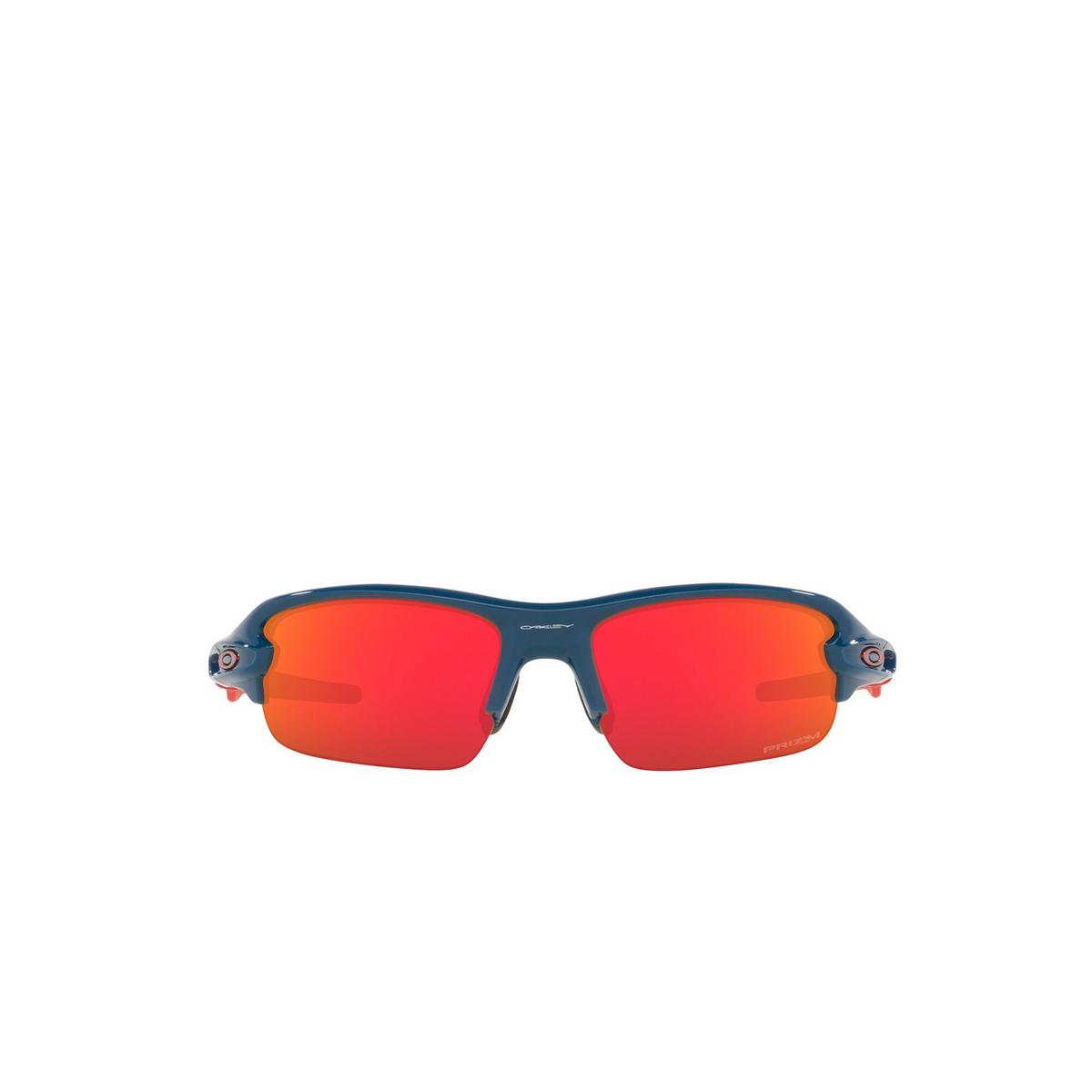 Oakley® Rectangle Sunglasses: Flak Xxs OJ9008 color Poseidon 900803 - front view.