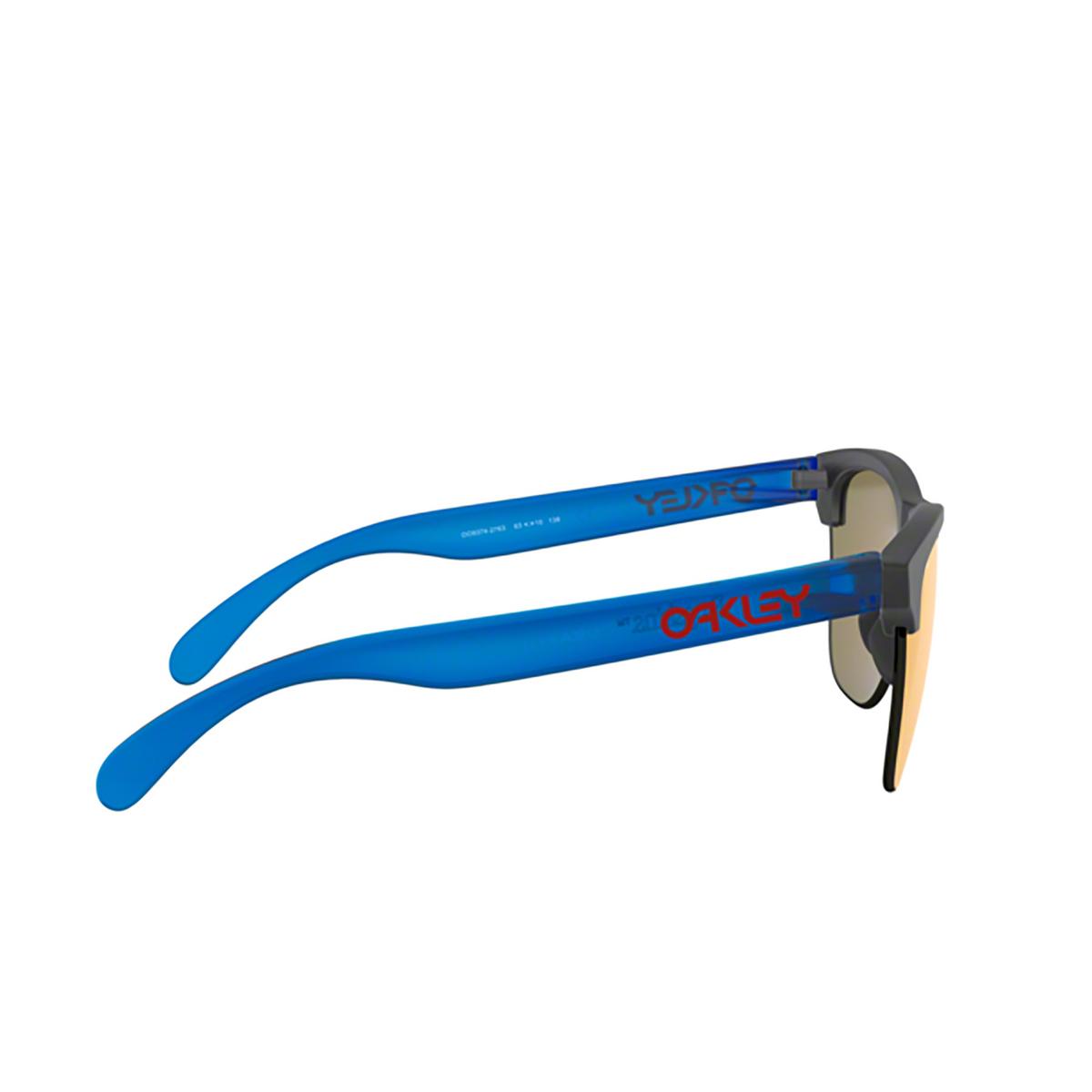 Oakley® Round Sunglasses: Frogskins Lite OO9374 color Matte Black Ink 937427 - 3/3.