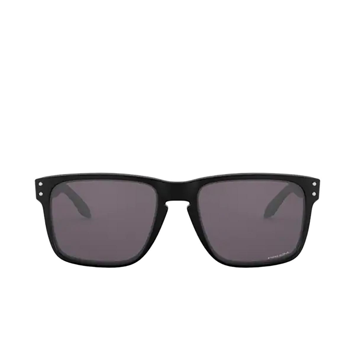 Oakley® Square Sunglasses: Holbrook Xl OO9417 color Matte Black 941722 - front view.