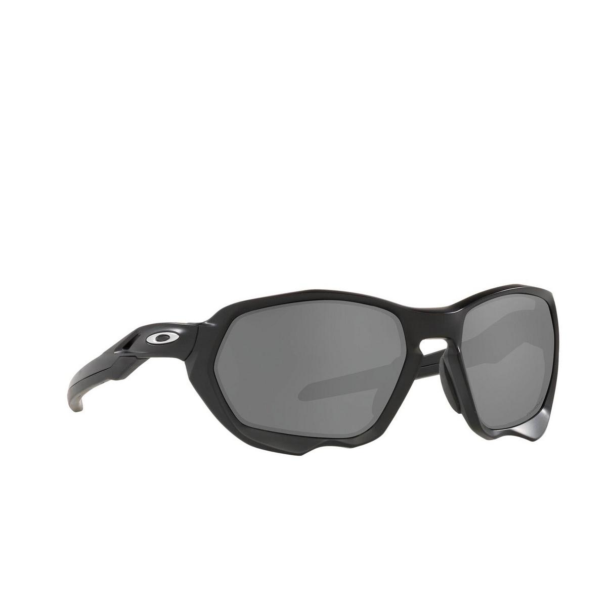 Oakley® Sport Sunglasses: Plazma OO9019 color Matte Black 901906 - three-quarters view.