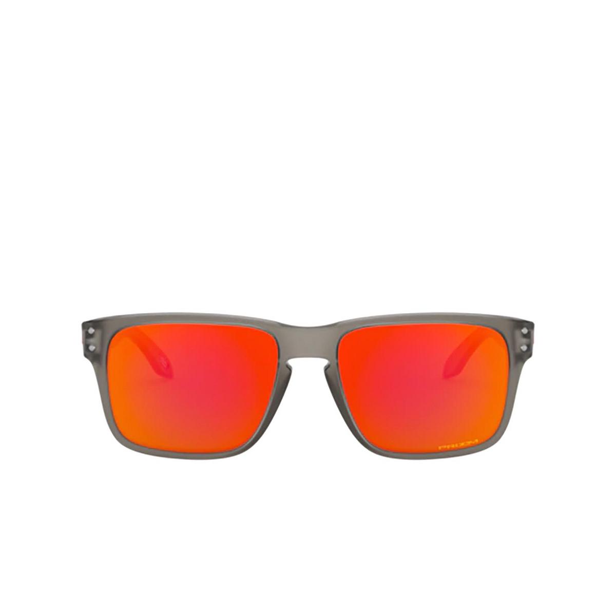 Oakley® Square Sunglasses: Holbrook Xs OJ9007 color Matte Grey Ink 900703 - front view.