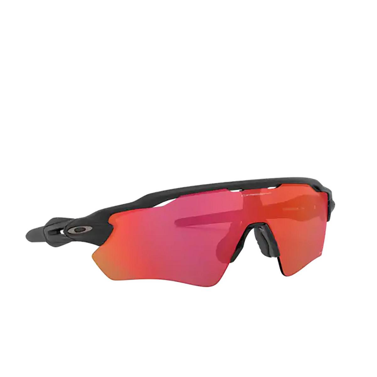 Oakley® Sport Sunglasses: Radar Ev Path OO9208 color Matte Black 920890 - three-quarters view.