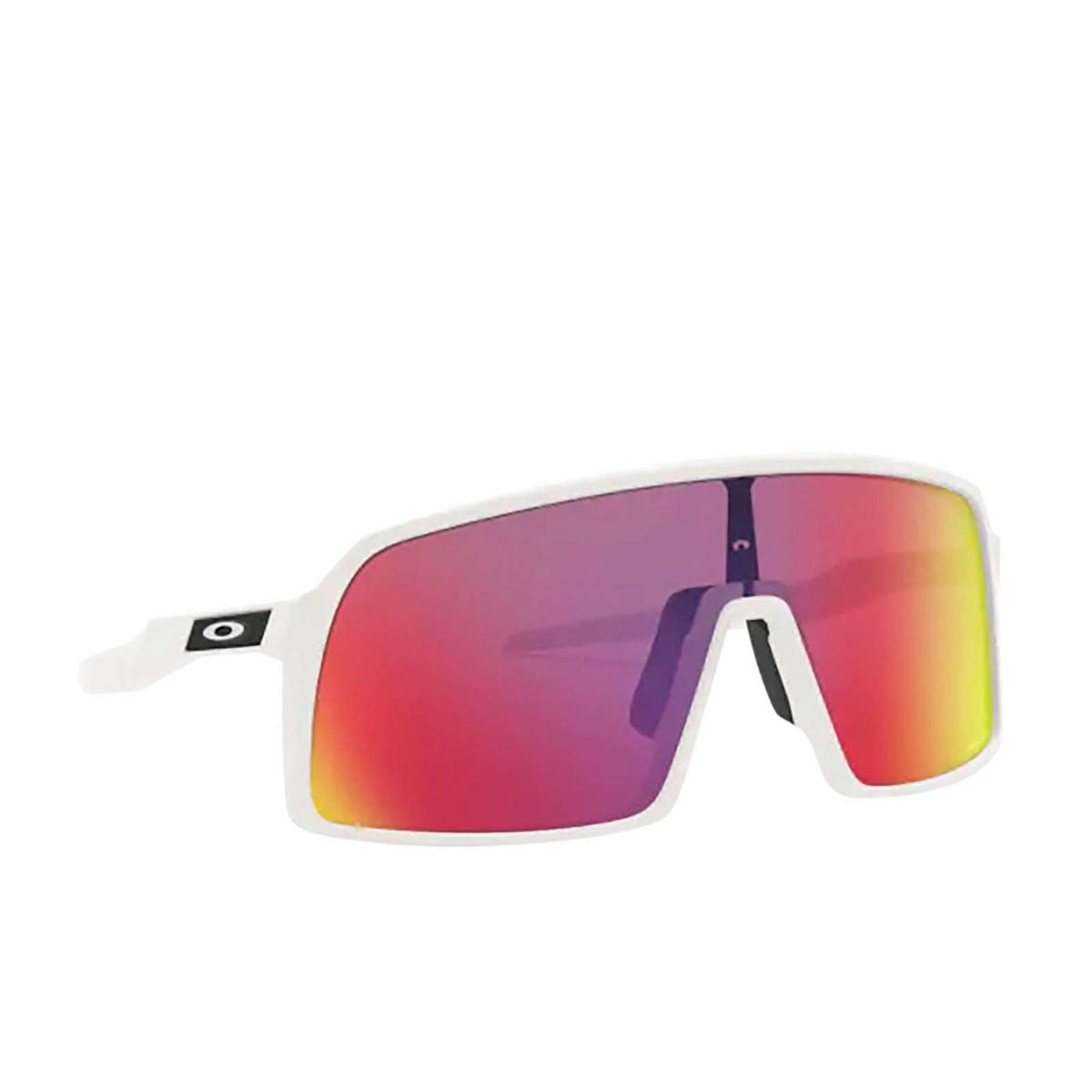 Oakley® Sport Sunglasses: Sutro OO9406 color Matte White 940606 - three-quarters view.