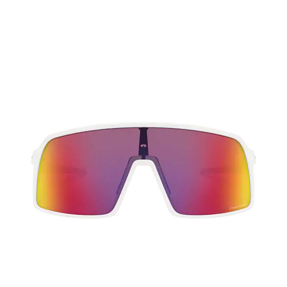 Oakley® Sport Sunglasses: Sutro OO9406 color Matte White 940606 - front view.
